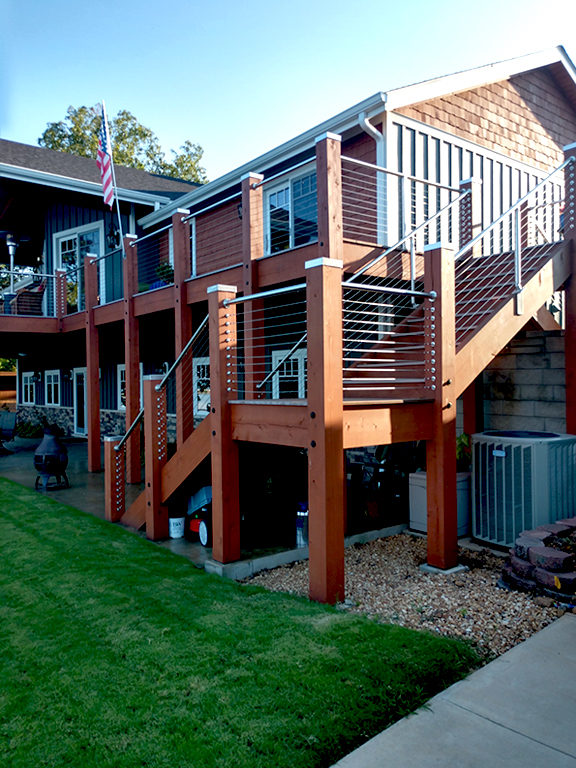 Cable Railing in Outdoor Setting